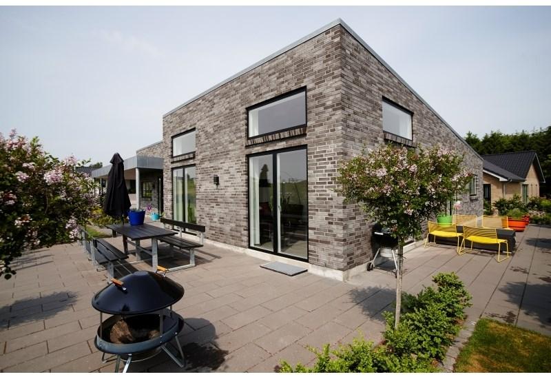 Typehus 193 m² speciel, carport 63 m²